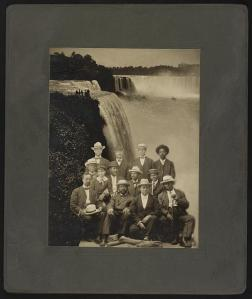 1905 Niagara Movement Convening  Session - Founding Members (Image:  Library of Congress)